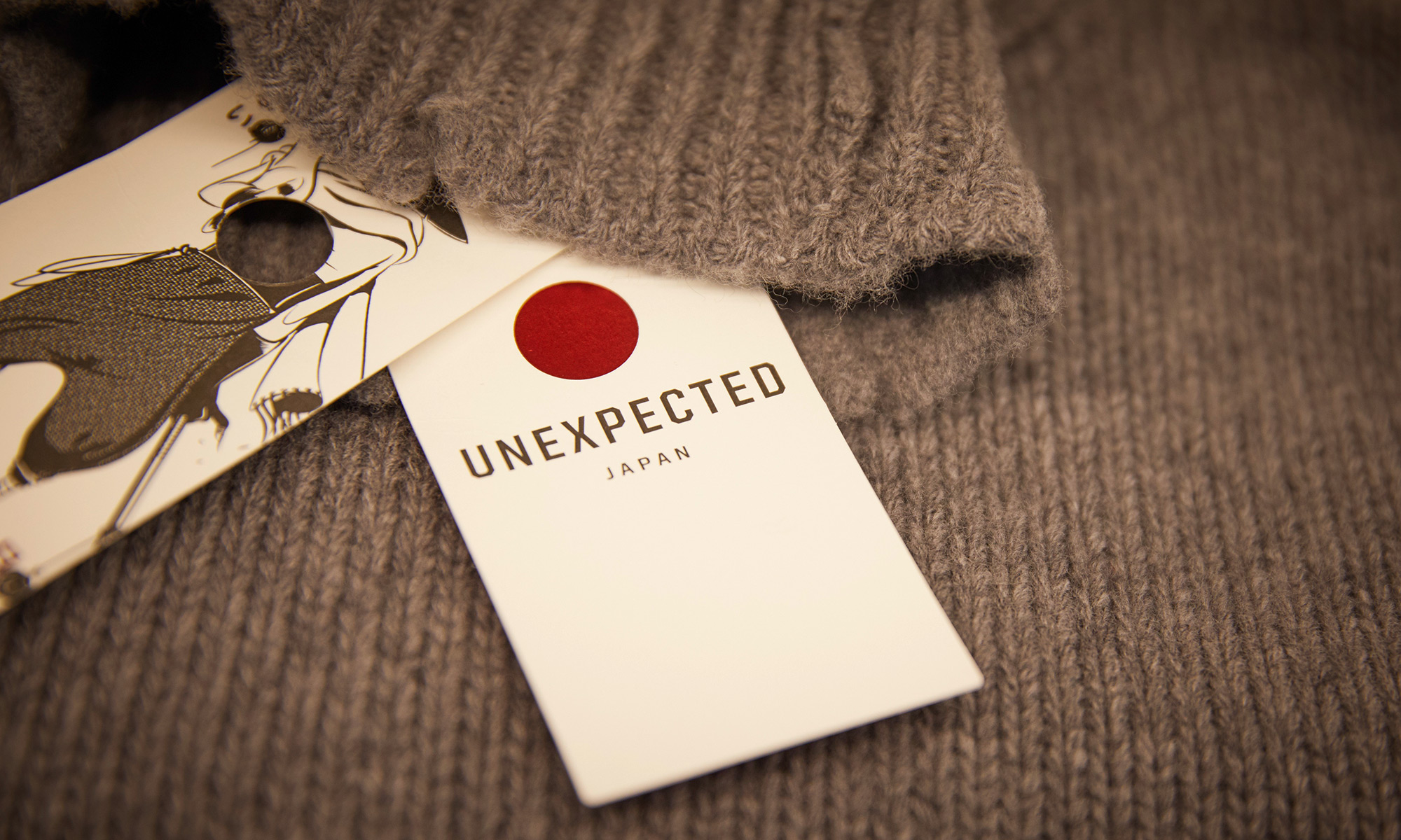 1115_Unexpected_010